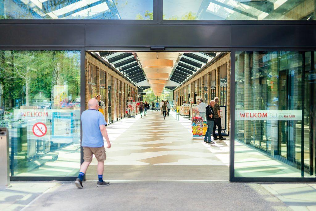 te huur diverse winkelunits in winkelcentrum de gaard Utrecht